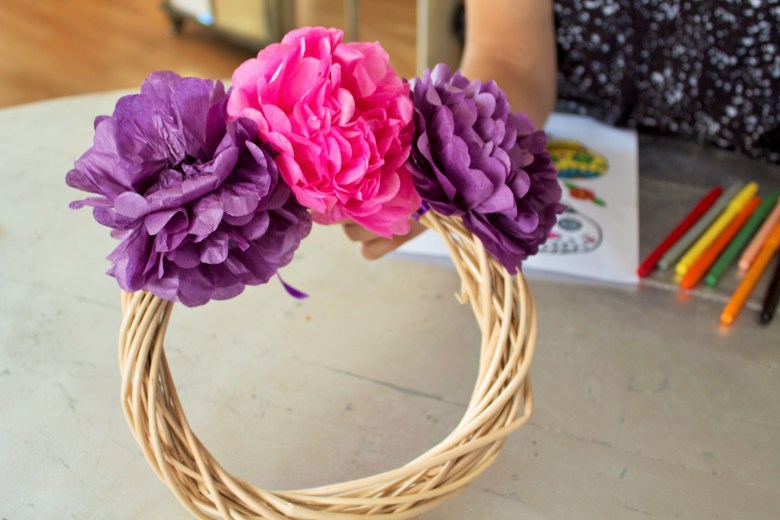 DYI Paper Flower Dia De Los Muertos Wreath