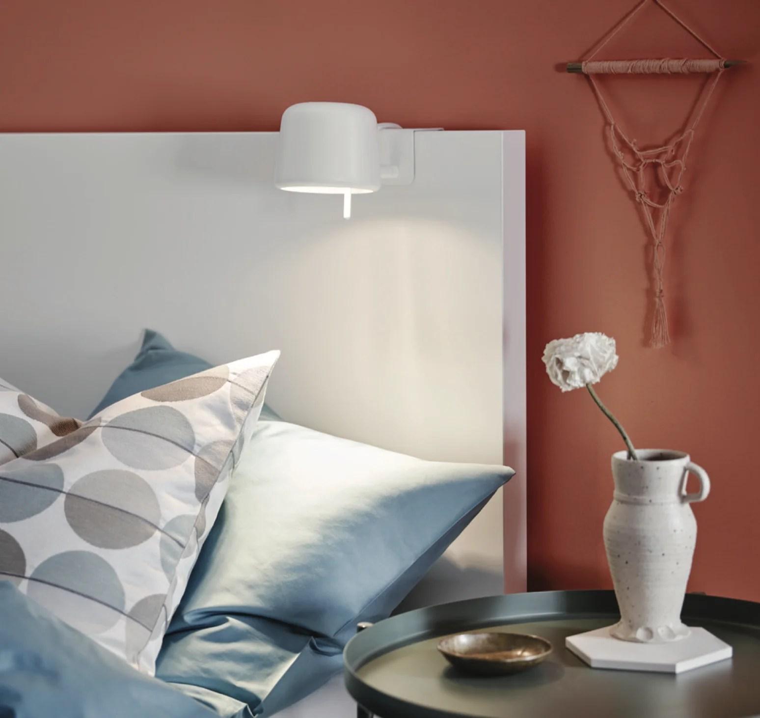 Varv La Mini Lampe Ikea Saccroche à La Tête De Lit La