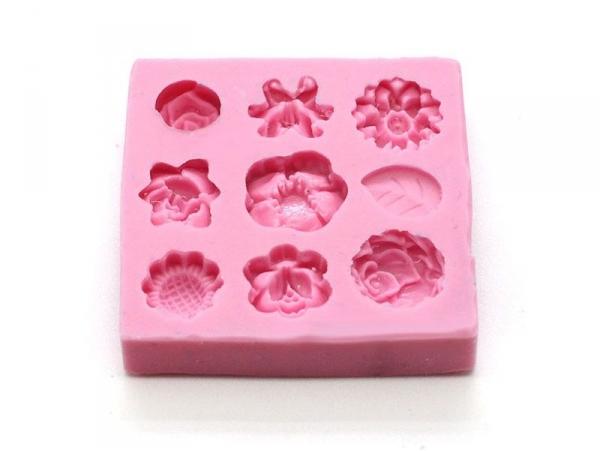 moule 9 mini fleurs en silicone