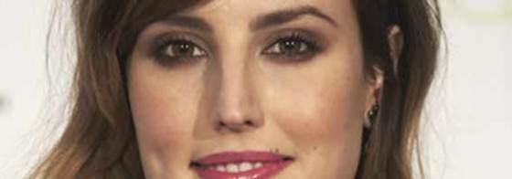 Natalia de Molina pendientes