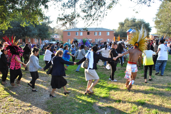 more than 100 people ate and danced at a potluck styled party to protest the wyvernwood redevelopment project kris fortinlastreetsblog - Wyvernwood Garden Apartments