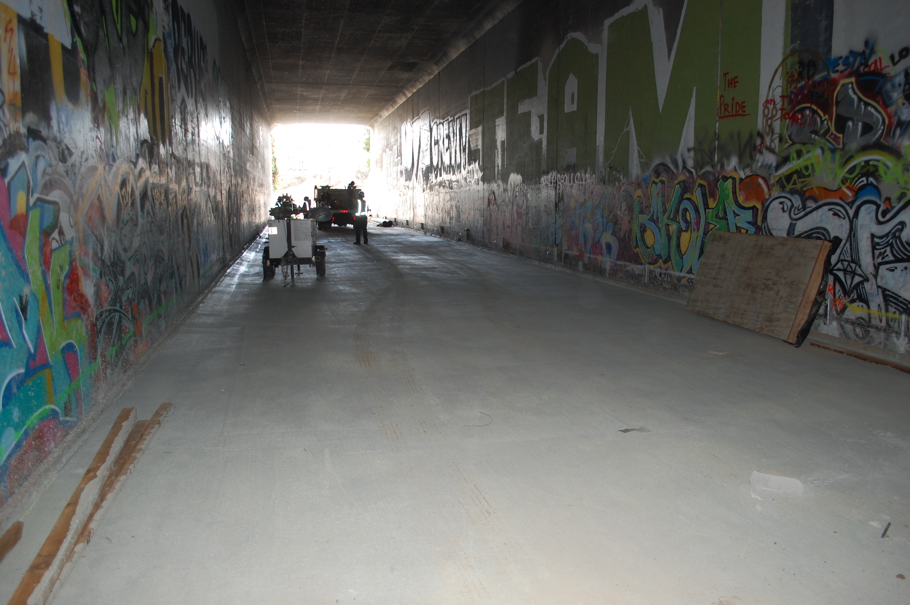 a photo essay of a tour of expo phase ii streetsblog los angeles motor the tunnel
