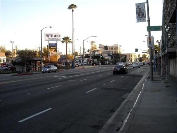 La Brea Avenue, just north of Santa Monica Blvd: No more center-median, unfortunately. Non-descript, unattractive street. Just a typical car-crazed street. What a missed opportunity by City of West Hollywood!