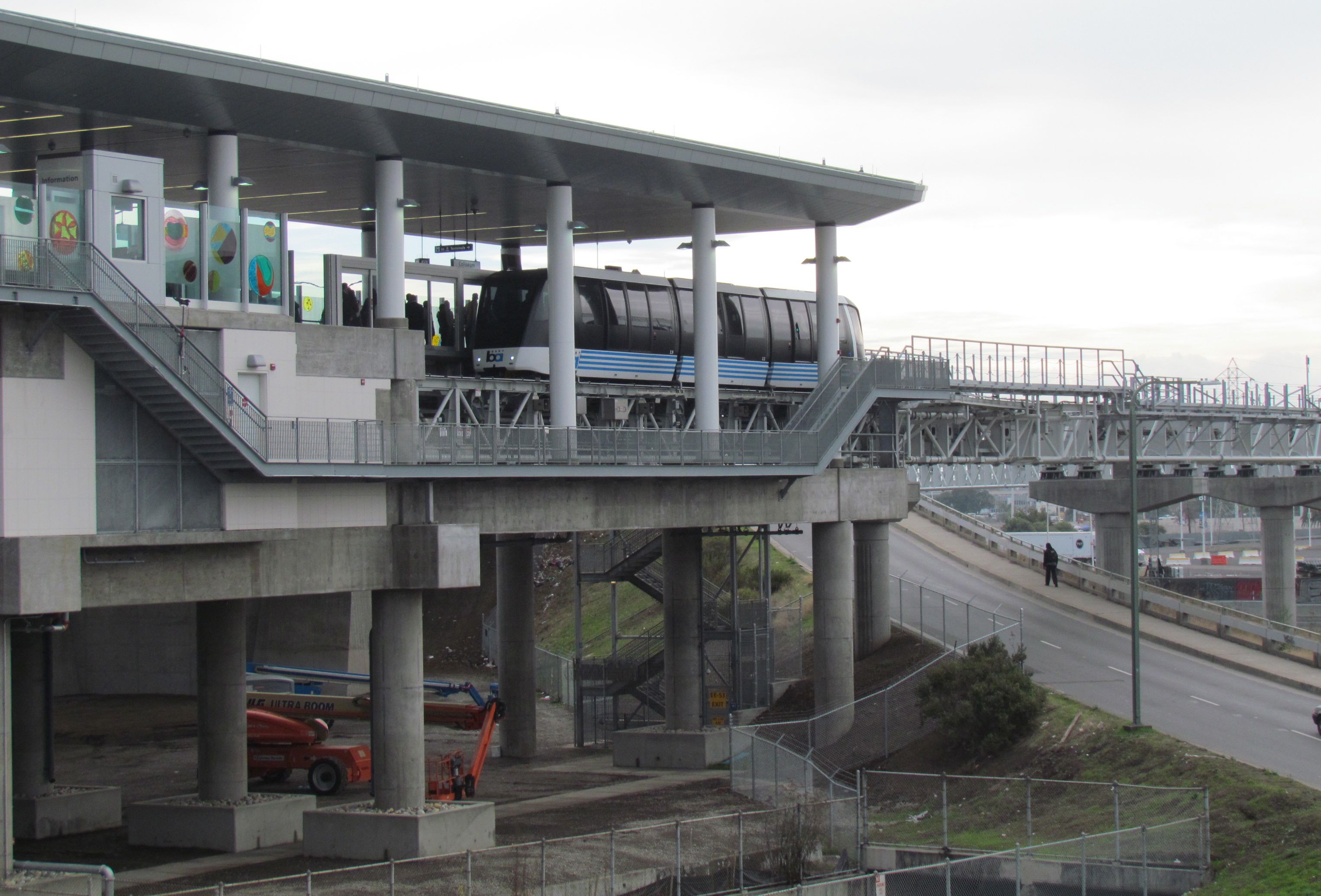 Officials Celebrate Bart S Shiny Costly New Oakland