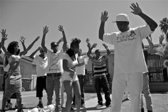 Ceebo Tha Rapper shoots a video near 65th and Broadway, where 25-year-old Ezell Ford was shot and killed by the police, answering critics that thought his first video called for violence against the police. Sahra Sulaiman/Streetsblog L.A.