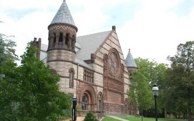 Le College Board élimine les tests de sujet SAT et l'essai facultatif