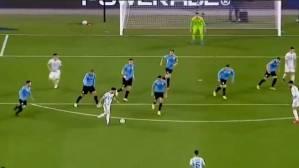 DAAWO MUCJISADAN: Wixii Uu Lionel Messi Ku Sameeyey Uruguay Oo Lagu Xasuustay Maradona & 7dii Ciyaartoy Ee Uu Halka Dhaqaaq KU Dilay