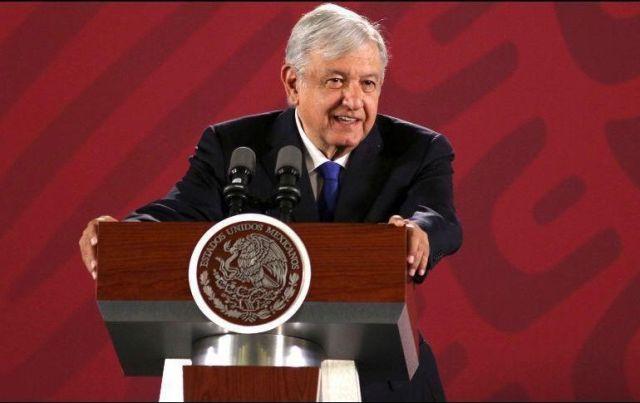 AMLO critica a la oposición por negarse a la revocación de mandato