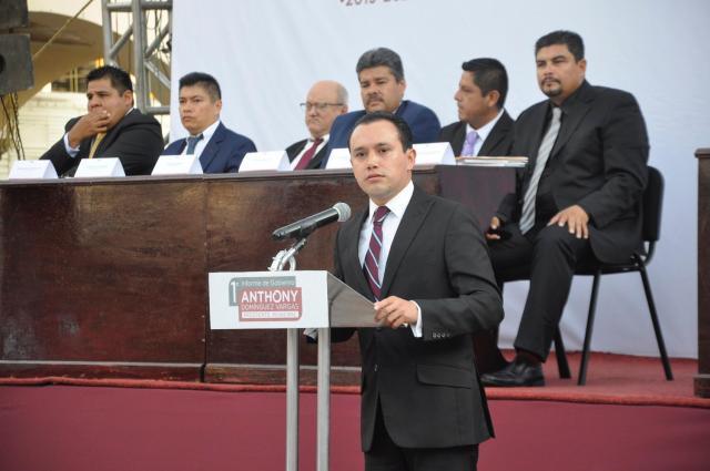 ANTHONY DOMÍNGUEZ, ALCALDE DE TEJUPILCO, RINDE SU PRIMER INFORME DE GOBIERNO