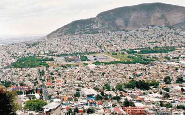 El Alcalde Francisco Chíguil Figueroa coadyuva con la SSC en el blindaje de mercados, centros comerciales y tiendas de autoservicio.