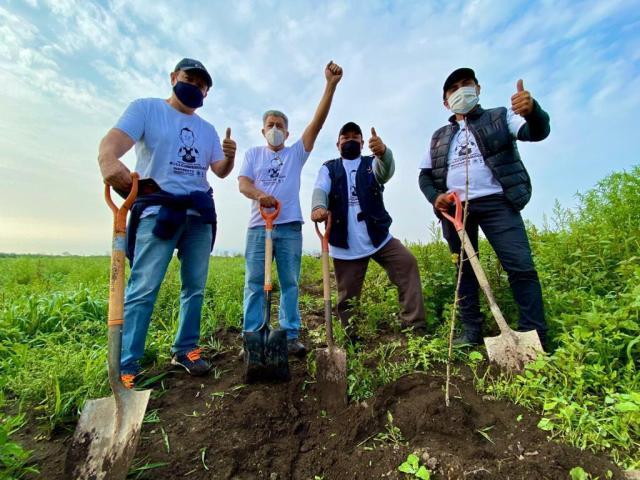 """Con una jornada de reforestación, conmemoran en Tláhuac el """"día internacional de la paz""""."""