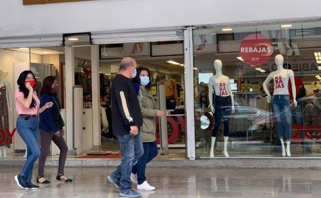 Edoméx permanece en semáforo rojo por Covid; abrirán centros comerciales.