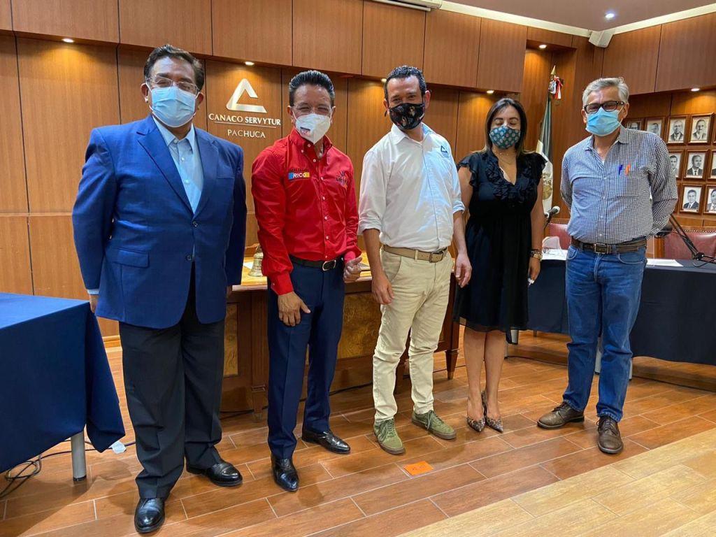 Durante encuentro con intengrantes de Canaco Pachuca, Benjamín Rico aseguró que los diputados de Morena deben rendir cuentas
