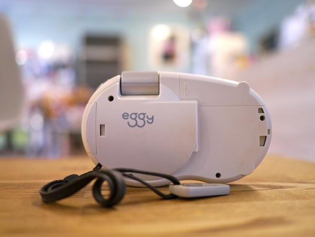 NTTドコモ eggy:DOCOMOのデジカメは音楽も聴けるデジカメだった!