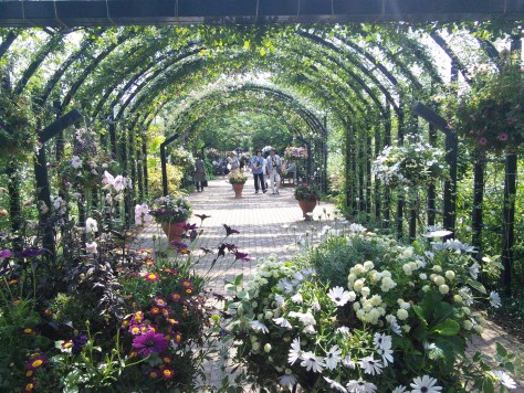 yokohama-english-garden-center-arch