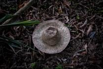 Sombrero de Jaime Hernández, de 49 años, campesino de La Sierra, vereda de Macayepo, en El Carmen de Bolívar. En 1998, durante un secuestro, fue obligado a componer canciones que alabaran las ideologías de las guerrillas ERP a cambio de continuar con vida. Años más tarde, las FARC lo desplazaron.
