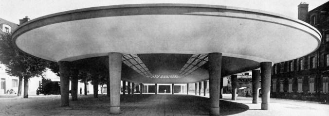 Le marché couvert de Fontainebleau par Nicolas Esquillan.