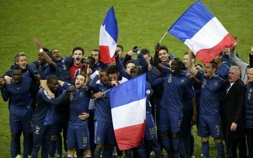 Les joueurs de l'équipe de France après la qualification pour le mondial au Brésil