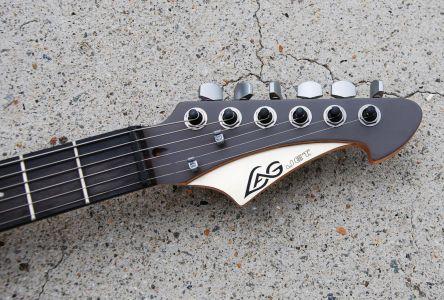 """Lag (Tête de guitare style """"banane"""" propre à Lag)"""