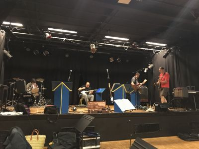 LR6 sur scène