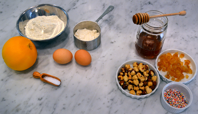 Struffoli ingredients | labellasorella.com