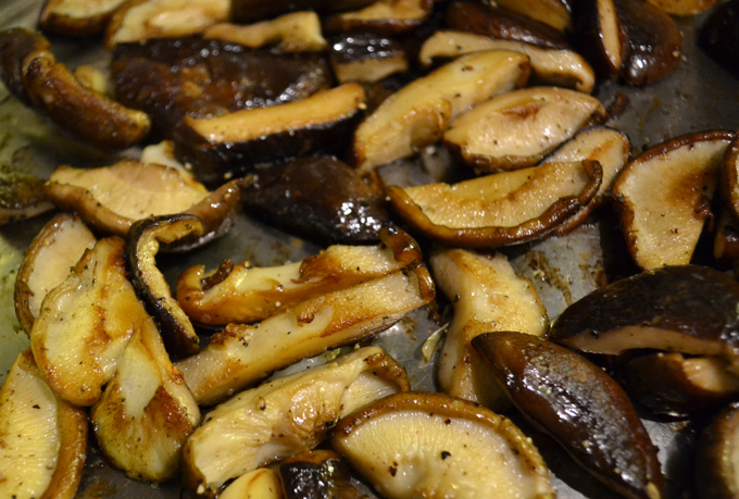 Browned Shiitake Mushrooms | labellasorella.com