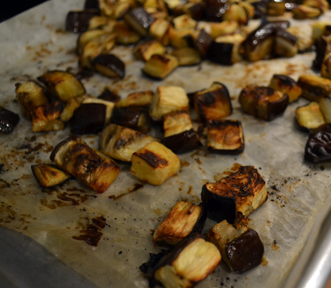 Roasted eggplant for the farro salad | labellasorella.com