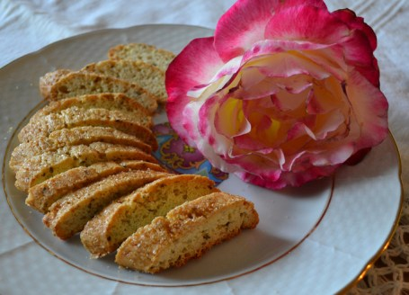 Anise-Biscotti,-such-an-elegant-little-cookie