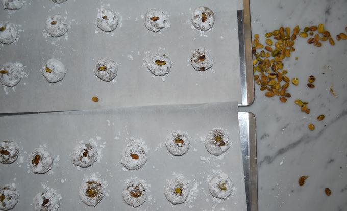 Pistachio Cookies, ready for the oven | labellasorella.com