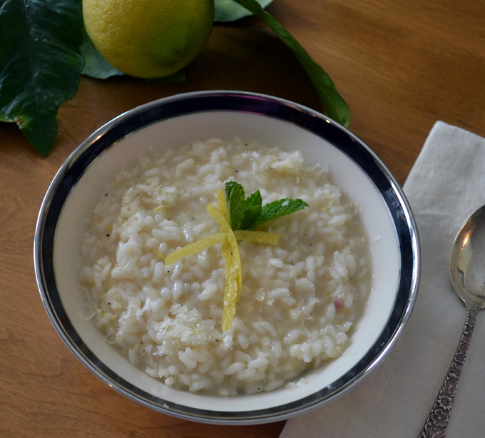Lemon Risotto, a simple & elegant first course | labellasorella.com