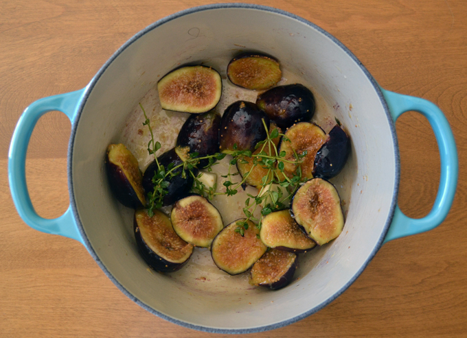 The beginnings of fig sauce | labellasorella.com