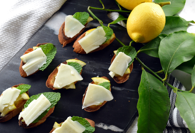 Crostini with Lemon & Sheep's Milk Cheese | labellasorella.com