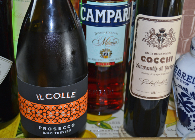 The holy trinity for preparing a Negroni Sbagliato | labellasorella.com
