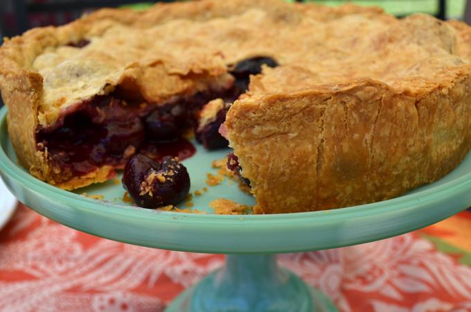 Cherry Tart or Crostata di Ciliegie | labellasorella.com