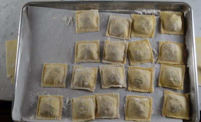 The formed ravioli, ready for the pasta pot | labellasorella.com