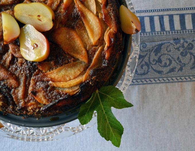 Chiara's Pear Torte | labellasorella.com