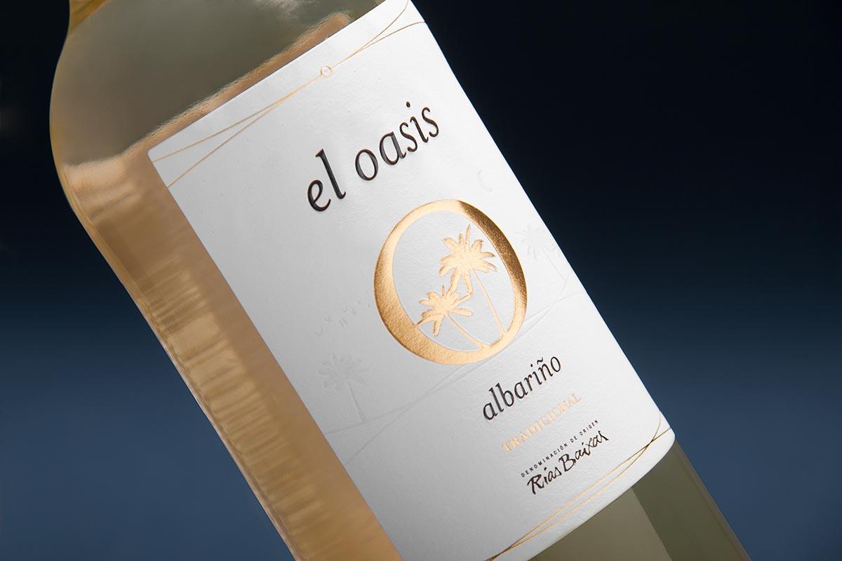 white wine label