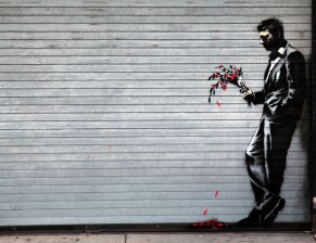 banksy-better-out-than-in-designboom01