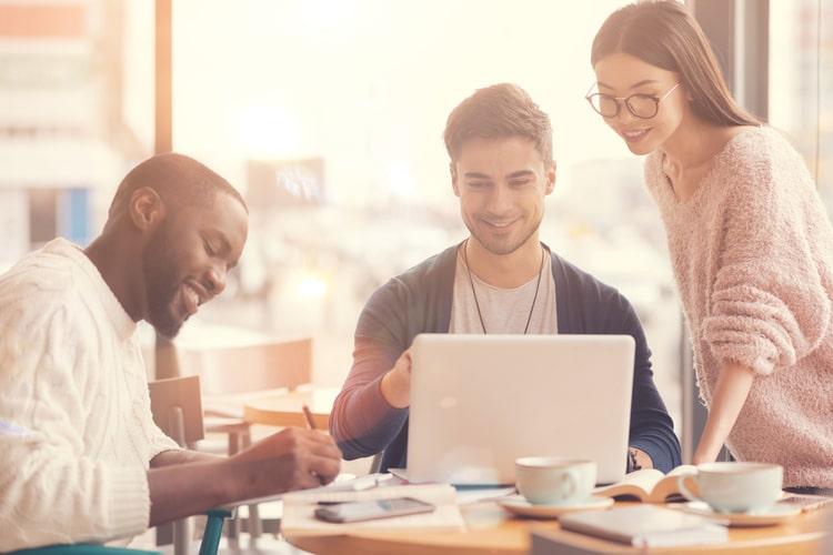 Habilidades humanas do século 21: conheça três soft skills indispensáveis no mundo VUCA