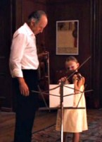 Alba-plays-violin-Time-Travelers-Wife 1