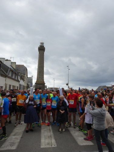 Départ du Semi-marathon à Kerity Penmarc'h