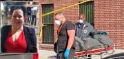 En el recuadro, Belkys Cruz, y el cadáver de Jaslynn Peña transportado a la morgue municipal por oficiales de la Oficina del Médico Forense