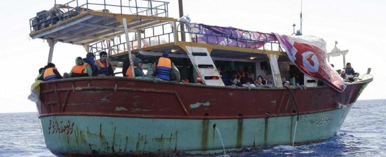 Sicilia: Trenta cadaveri su un peschereccio