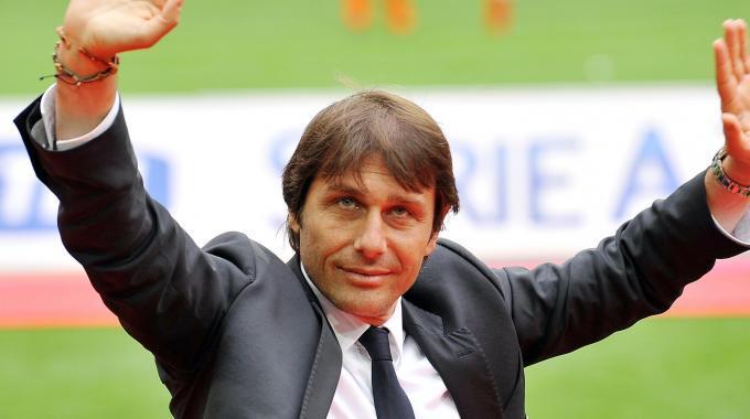 Conte lascia la Juventus.