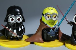 3D-Eye-Minions-Cosplay-Star-Wars-White-Soldiers-Jedi-Darth-Vader-Doll-Fashion-Cartoon-Minions-PVC (1)