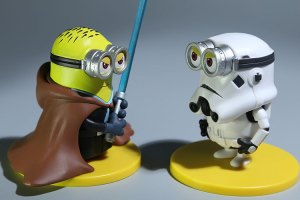 3D-Eye-Minions-Cosplay-Star-Wars-White-Soldiers-Jedi-Darth-Vader-Doll-Fashion-Cartoon-Minions-PVC (3)