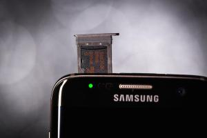 samsung-galaxy-s7-edge-product-hero-12