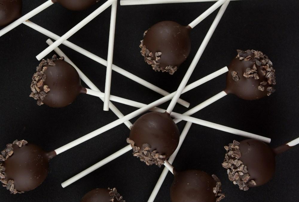 Lemon Ganache | Dark Chocolate & Roasted Cocoa Nibs Lollipops