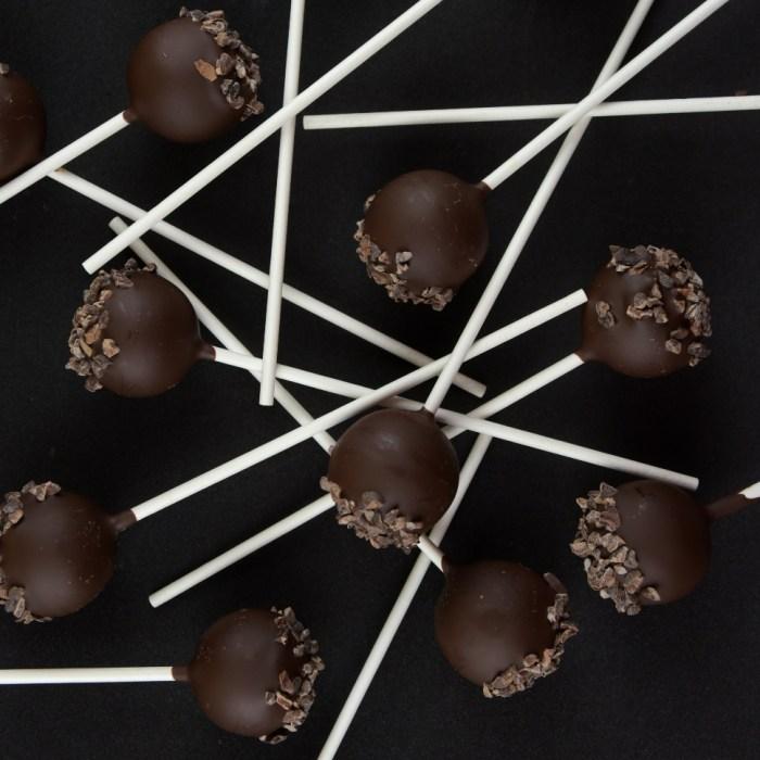 Lemon Ganache, Dark Chocolate & Roasted Cocoa Nibs Lollipops