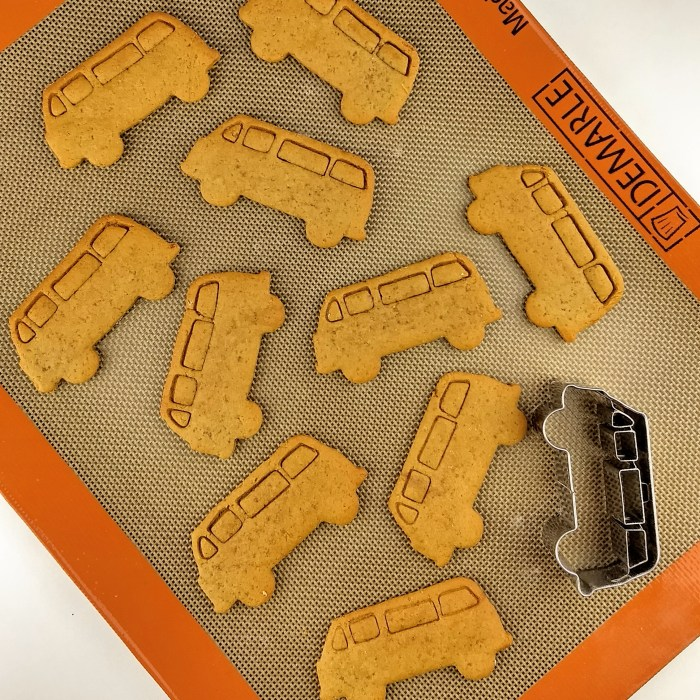 German Ginger Bread Cookie Busses